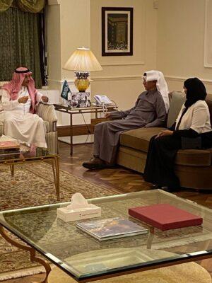 """""""سلمان للإغاثة"""" يطلع السفير السديري على المشاريع المزمع إقامتها في الأردن و فلسطين"""