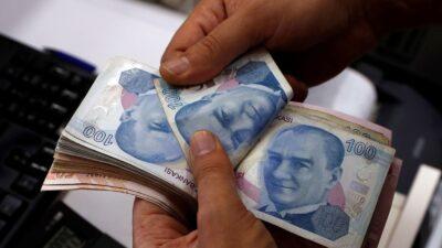الليرة التركية تهبط إلى مستوى قياسي جديد في التعاملات الآسيوية المبكرة