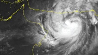 الأرصاد يوضّح المناطق المتأثرة بشكل غير مباشر بالإعصار شاهين بدءًا من الإثنين