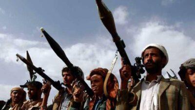 بعد حصار فرضته عليها.. ميليشيا الحوثي  تستهدف مستشفى في العبدية بصاروخ باليستي