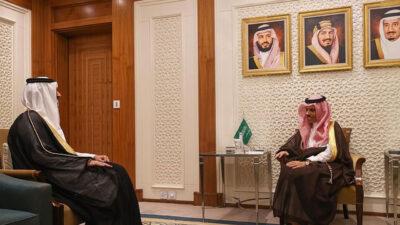 وزير الخارجية يستقبل سفير قطر لدى المملكة