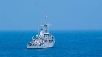 كاسحات ألغام أمريكية تصل مضيق باب المندب مع تصاعد التهديد الحوثي