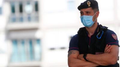 إيطاليا تعتقل 40 شخصًا بينهم مسؤولون ورجال أعمال