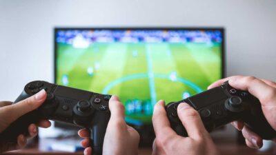 سعود الطبية توجه 5 نصائح لممارسة الألعاب الإلكترونية بدون مخاطر صحية
