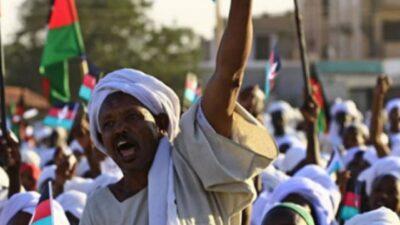 تجمع المهنيين السودانيين يدعو المواطنين لكسر حالة الطوارئ