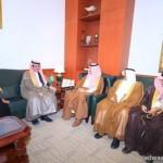 معالي نائب وزير التربية والتعليم يتفقد مدارس محافظة المجمعة